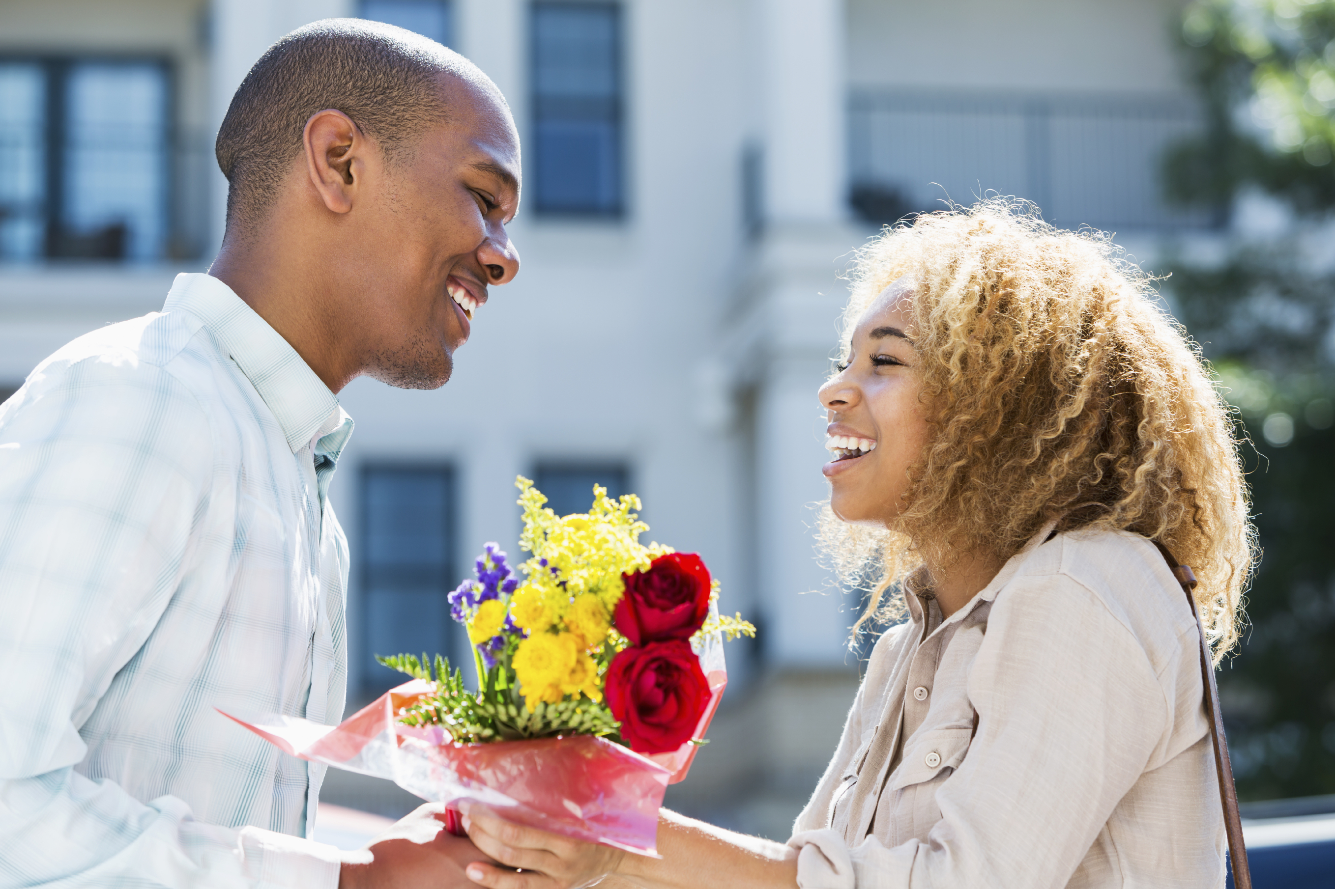 5 ways you can get closer in a distance relationship-dailyfamily.ng
